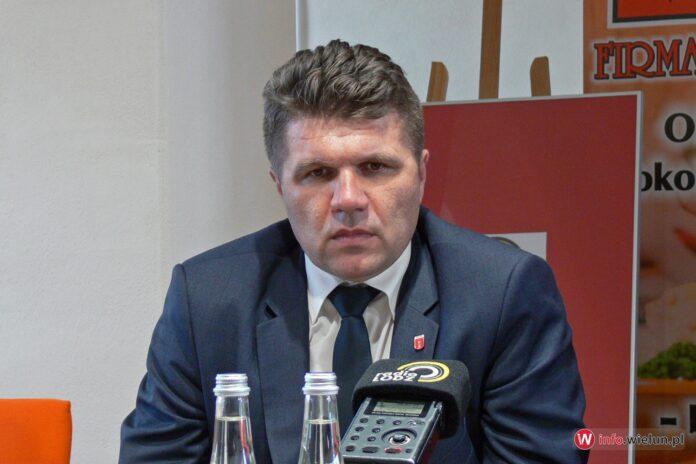 Burmistrz Paweł Okrasa